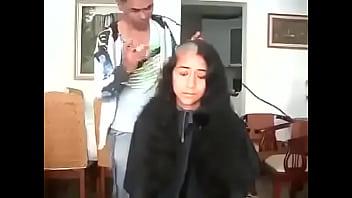 19708 مغربية سوسية تحلق شعرها الطويل preview