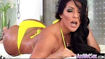 Sluty Big Butt Girl (kiara mia) Get Oiled And Hard Anal Banged movie-19 video