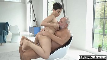 Having Sex With A Girl With Short Hair Gets Fucked By Grandpa Xxx