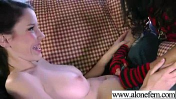 Cute Teen Amateur Playing With Dildos vid-31
