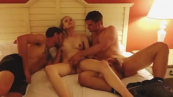 Streaming Video Luna Lips double teamed by 2 strangers in Florida - XLXX.video