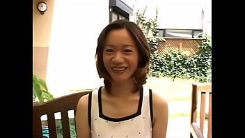 アラフォーの39歳のセレブ美人人妻熟女がAV出演して垂れ乳巨乳と無修正おまんこ晒す!