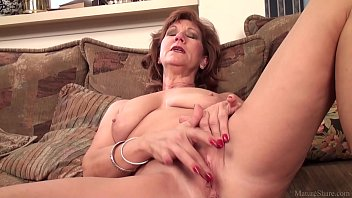 Mature mom Brook playing with her shaved pussy - 69VClub.Com