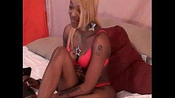 816798 blonde ebony freak amazing bubble butt fucking herself up