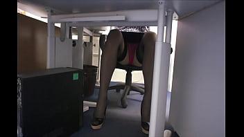 Upskirt under my desk