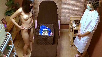 GoGo Massage: She tries to hide her Arousal 35 min