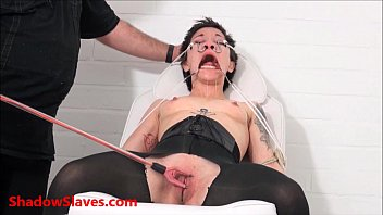 Asian slave Mei Maras medical fetish and play piercing bdsm of polynese masochis