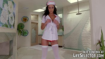 Crossdreser sexy nurse - Sexy nurse gives special treatment