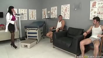 Veronica Rayne - Experiment Gone  Right porno izle