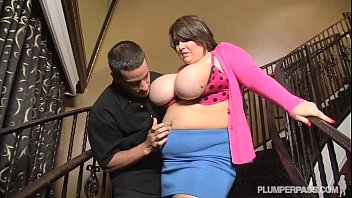 Teen Bbw Molly Howard Gets Fucked Hard On Huge Staircase