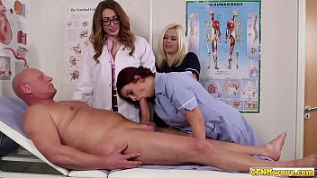 Cock hungry nurse babes share blowjob porno izle