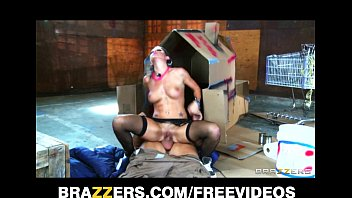 Lizz Tayler has a rolling g-spot orgasm Preview