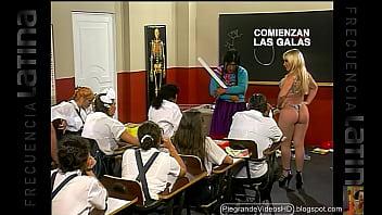 Yesabella-en-bikini-La-Paisana-Jacinta-profesora