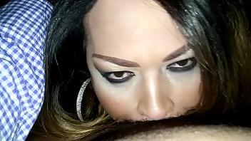 Los angeles shemale Actris porno elizabeth olmos chupandole la berga grande a un tipo de indonecia