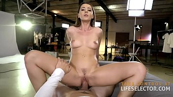 Streaming Video Help Sybil Keep Her Apartment with Veronica Leal & Lana Roy - XLXX.video