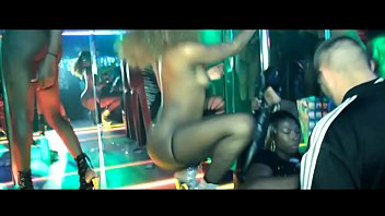 topless ebony strippers crazy at twerk show