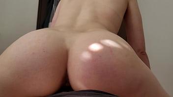 Cowgirl Reverse Cumshot on Ass of Teen 62 sec