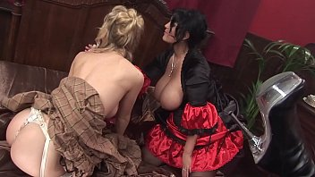 Vampire bloodlines sex - Big tits milf moms vampires cosplay theme party turned a hot lesbian orgy