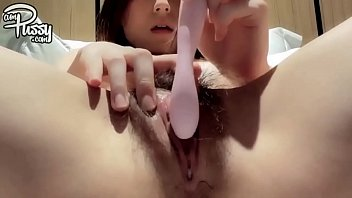 JAPANESE SCHOOLGIRL MASTURBATES AT HOME 17分钟