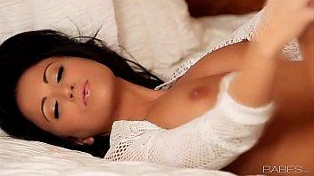Babes.com - FULL OF DESIRE with  Chloe James Porno indir