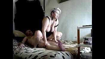 Addams-Family conduct a ritual of exile COVID-19))