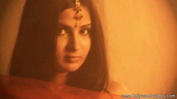 Nude wife lovers - Bollywood honey superior body