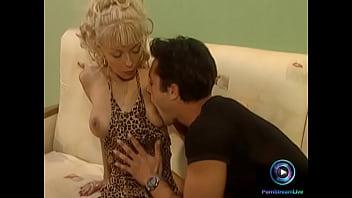 Edina Blond want to taste her boyfriend's cum