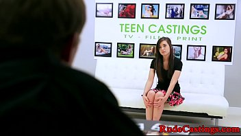 Casting teen c. while being hardfucked 8分钟