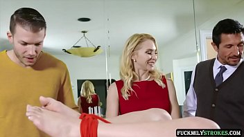 Family Friendly Thanksgiving Fuck Fest - Alix Lynx, Aften Opal - FULL SCENE on http://FuckmilyStrokes.com