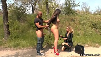 Huge tits beauty banged outdoor