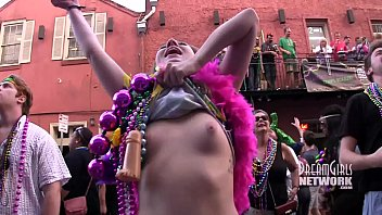 Mardi gras tit flashing - Mardi gras daytime flashing