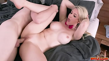 Some serious pussy penetration for MILFs Aaiyah, Addie, Brooklyn, Ryder