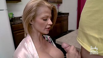 Blond wives blow jobs Joslyn james in moms protein diet