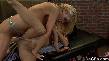 Dagfs - One Hot Lesbian Massage Session