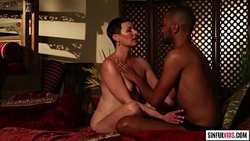 Short haired mature lady Kali Karinena Jessica Drake's Guide to Wicked Sex: Kama Sutra Scene 1 6分钟