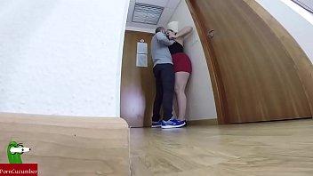 camara espia escondida en la habitacion de un hotel graba a una pareja practicando sexo GUI110 28分钟