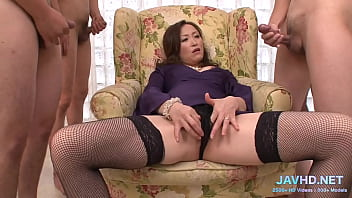 What to do with legs in stockings Vol 35