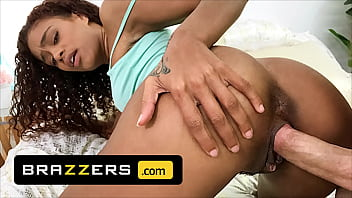 (Scarlit Scandal) Finds Her Ex (Michael Vegas) On The Bed With His Cock Hard Ready And She Cant Resist It - Brazzers
