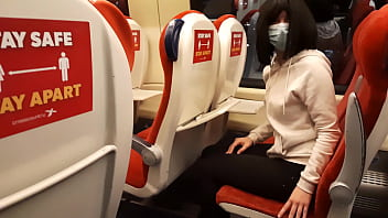 Public dick flash in the train. Stranger girl jerk me off and suck me till I cum. Risky real outdoor 5分钟