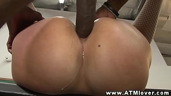 Briella Bounce loves ass to mouth fun