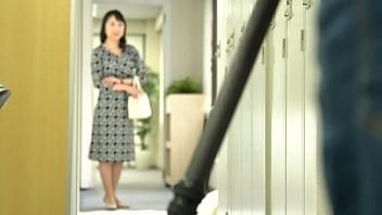 初撮り五十路妻ドキュメント 向井章子