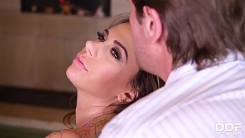 Dreamgirl Ani Blackfox Gets Her Sexy Feet Licked & Fucked By Foot Fetishist