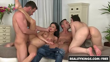 RealityKings Euro Sex Parties (Akasha Cullen, Keira, Renato, Victor Solo) Hard Bang