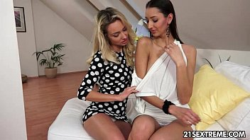 All tubes lesbian fisting babes Teaching kitty jane