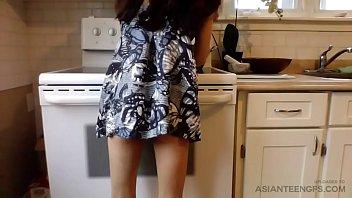 (Homemade) Kitchen Sex With Slim Filipino Girlfriend