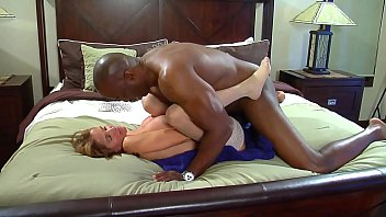 whore wife gets bbc creampie