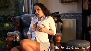 Horny Sultry British MILF Shows Off Her Amazing Body As She Masturbates Until She Cums Hard With Strong Contractions 10 min