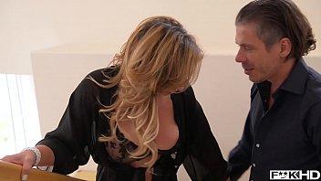 Perfect MILF Eva Notty - Hot Load on Her Huge Titties 21 min