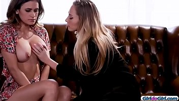 Vanessa anne hudgins naked Carter cruise and vanessa veracruz enjoyed making out1