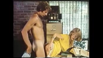Legendary classical porn hero Paul Thomas allows cute fair-haired girl in yellow dress to feel his huge schloeng polishing her tight velvet  shithole